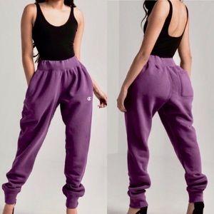 Champion big logo purple joggers sweat pants XL